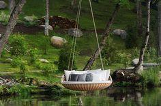 swingrest-hanging-lounger-from-dedon-3.jpg