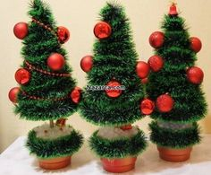 Today we'll show you how to make a handmade Christmas tree. It's an easy handmade Christmas present, but it looks really impressive! This tree is one of the most wonderful handmade Christmas gift ideas for your friends and Pine Cone Christmas Decorations, Tabletop Christmas Tree, How To Make Christmas Tree, Diy Christmas Ornaments, Christmas Wreaths, Christmas Sock, Handmade Christmas Presents, Christmas Crafts For Gifts, Christmas Projects