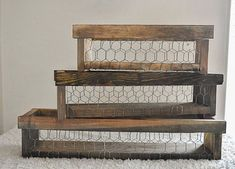 Welcome to Makerville! This listing is for our farmhouse CHICKEN WIRE CRATE ONLY that can hold or 5 quart Mason jars. Perfect for weddings, baby showers or as a farmhouse centerpiece for your living room. Farmhouse Furniture, Diy Furniture, Farmhouse Decor, Wood Crates, Wood Boxes, Chicken Wire Crafts, Chicken Wire Baskets, Home Crafts, Diy Home Decor