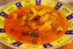 Csipetfalat: Bakonyi betyárleves Thai Red Curry, Paleo, Ethnic Recipes, Food, Eten, Beach Wrap, Meals, Diet