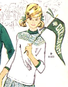 what a great accessory and sweater!
