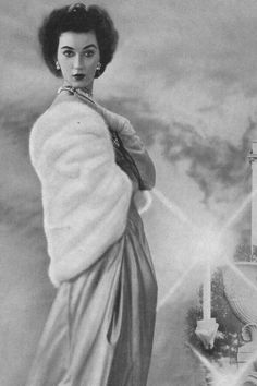 Dovima, 1951