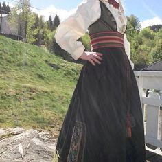 Instagram Search Engine, Cool Photos, Victorian, Dresses, Style, Fashion, Vestidos, Swag, Moda