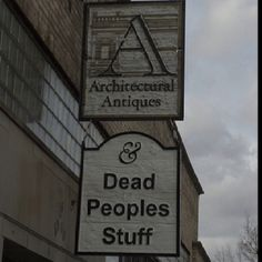This sign always makes me laugh!  It's the only architectural antiques store I can find in OKC.