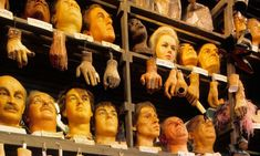 A world where things take on supposedly human characteristics … effigies at Madame Tussauds in London. Wax Museum, Madame Tussauds, French Revolution, Book Lists, Novels, Versailles, Objects, Teacher, Rooms