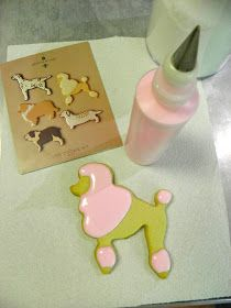 From Captain's Daughter to Army Mom: Martha by Mail Dogs Set #1 and my Royal Icing recipe!