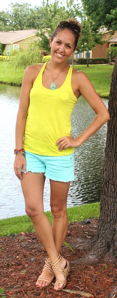J's Everyday Fashion: Today's Everyday Fashion: Airboat Tour Want these shorts!!