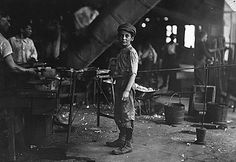 The Factory: Rob Kidd, one of the young workers in a glass factory. The History Place - Child Labor in America Lewis Hine Photos - The Factory Lewis Wickes Hine, Old Photos, Vintage Photos, Antique Photos, Wisconsin, Labor Law, Tim Drake, Industrial Revolution, Working With Children