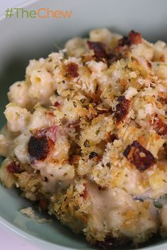 So good, you might be able to build a food empire out of this Swiss Mac n' Cheese by Jussie Smollett! #TheChew