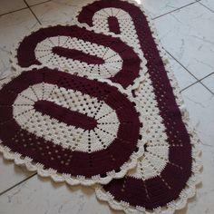 Crochet Kitchen Rug: Sets of Rugs and Walkthroughs – Newest Rug Collections Crochet Romper, Love Crochet, Diy Crochet, Crochet Kitchen, Kitchen Rug, Crochet Rug Patterns, Crochet Designs, Crochet Table Mat, Crochet Carpet