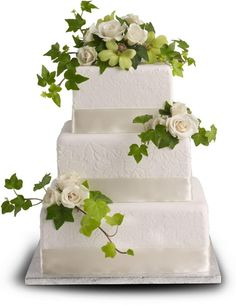 nice Roses and Ivy Cake Decoration