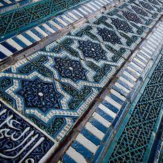 Tiled background, oriental ornaments from Uzbekistan Islamic Patterns, Tile Patterns, Textures Patterns, Islamic Designs, Floor Patterns, Geometric Patterns, Islamic Architecture, Art And Architecture, Architecture Details