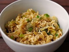 Chinese cabbage salad with Mie noodles from Easy Chicken Thigh Recipes, Lime Chicken Recipes, Easy Baked Chicken, Grilled Chicken, Lime Chicken Tacos, Cilantro Chicken, Mie Noodles, Chinese Cabbage Salad, Easy Skillet Meals