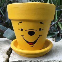 Pooh Bear maceta pintada a mano