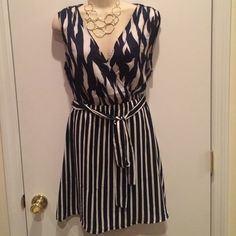 Navy and Silver dress Sleeveless, with belt, v neck never worn⭐️⭐️make me a reasonable offer, all offers are considered⭐️⭐️ Ark & Co Dresses