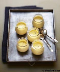Petits pots de crème à la vanille pour 4 personnes - Recettes Elle à Table - Elle à Table
