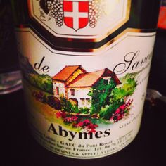 Labbe Vin de Savoie 'Abymes' - a tasty lil Frenchie for the sippin. Who knew the grape Jacquère could taste so good? Bright lime aid & peacheos, yum! For just under $15, #certifiablydelish.