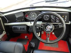 STOCK CAR|英国車・ミニ専門店 タートルトレーディング TURTLE TRADING LTD Mini Cooper Classic, Classic Mini, Classic Cars, Mini Morris, Small Cars, Old Cars, Car Seats, Instruments, Interior