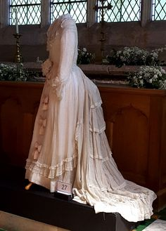 1875 Wedding Dress of muslin with embroidered polka dot decoration (Silk bows probably added at later date. Shown at Cotterstock Church Exhibition 2018 Beautiful Costumes, Beautiful Gowns, Edwardian Fashion, 1870s Fashion, Bridal Gowns, Wedding Gowns, Vintage Dresses, Vintage Outfits, Modern Vintage Weddings