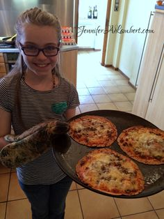 Tortilla Pizzas are a fun easy meal kids can make themselves!