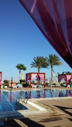 Sunrise Grand Select Arabian Beach Resort in شرم الشيخ, جنوب سيناء Beach Resorts, Four Square, Egypt, Swimming Pools, Sunrise, Places, Outdoor Decor, Holiday, Travel