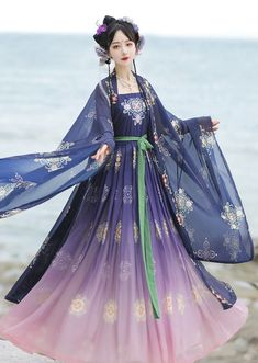 Amethyst is a 2-piece set hanfu (He Zi Qun) consisting of a coat and a dress of the Tang Dynasty. 5 colors available. Size Chart Size / Chest / Coat Length / Dress Length / Height S / 80cm / 112cm / 115cm / 154-162cm M / 80-90cm / 116cm / 120cm / 158-166cm L / 88-98cm / 120cm / 125cm / 162-170cm XL / 95-102cm / 124cm / 130cm / 166-174cm Oriental Fashion, Oriental Style, Fantasy Dress, Hanfu, Fashion Dolls, Ball Gowns, Amethyst, Cosplay, Costumes