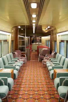 Inside a vintage train car #GCT100