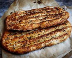 Lebanese Recipes, Indian Food Recipes, Vegetarian Recipes, Cooking Recipes, Gourmet Cooking, Persian Bread Recipe, Persian Recipes, Naan, Flatbread Recipes