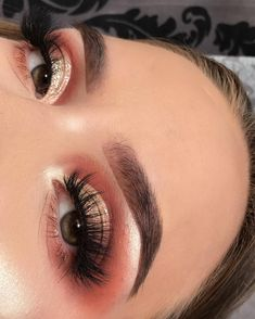 "586 Likes, 16 Comments - julie (@juliehaugli) on Instagram: "" . . . BROWS • @anastasiabeverlyhills @norvina dipbrow in ""dark brown"" & browgel in ""chocolate""…"""