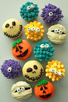 Halloween Monster Cupcakes: Halloween wedding with a fun side? Or perhaps you want something more child-friendly for the kids' table? These adorable monster cupcakes are really precious and not at all ghoulish.