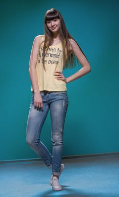 Сабина Алтынбекова признана самой красивой спортсменкой Азии – 365info.kz Female Volleyball Players, Women Volleyball, Tall Women, Fit Women, Female Pose Reference, Beautiful Athletes, Girls In Leggings, Sexy Jeans, Sport Girl