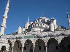 Blue Mosque http://www.farhorizons.com/trips/europe/turkishtreasures/TurkishTreasures.php