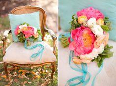 Farbenfrohe Vintage Hochzeit | Friedatheres.com