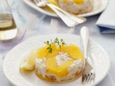 Pfirsich-Hähnchen-Terrine ist ein Rezept mit frischen Zutaten aus der Kategorie Hähnchen. Probieren Sie dieses und weitere Rezepte von EAT SMARTER!