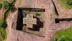 Iglesia de San Jorge en Etiopía, construcción en piedra LA FACTORÍA