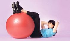Kroppa kuntoon jumppapallolla - katso jumppaohjeet! Reiss, Personal Trainer, Pilates, Gym Equipment, Exercise, Fitness, Ejercicio, Excercise, Tone It Up