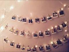 Znalezione obrazy dla zapytania zdjęcia na ścianie na sznurku