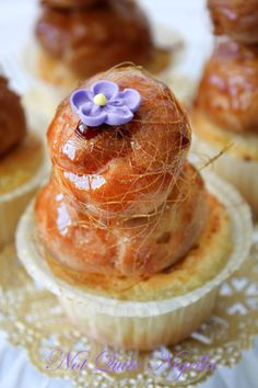 Croquembouche cupcakes from Not Quite Nigella - YES please!!!!