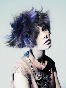 進藤 郁子 | WORKS | HAIR&MAKE UP ARTIST SHISEIDO BEAUTY CREATION RESEARCH CENTER | 資生堂グループ企業情報サイト
