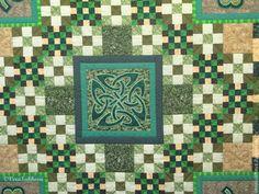 """Купить Лоскутное покрывало """"Ирландия"""" - зеленый, изумрудный, пэчворк, печворк, лоскутное шитье, лоскутное одеяло"""