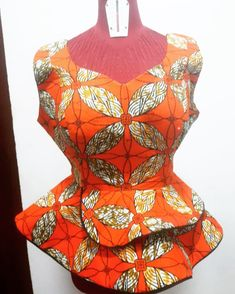 No shame in your hustle, even when it don't seem perfect,advertise your trade;while they admonish u take notes, while they laugh at your… African Print Dress Designs, African Print Dresses, African Print Fashion, African Design, African Dress, Ankara Peplum Tops, Ankara Skirt And Blouse, African Blouses, African Tops