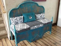 A Headboard & upside down Footboard turned into a Bench.these are the BEST Upcycled & Repurposed Ideas! A Headboard & upside down Footboard turned into a Bench.these are the BEST Upcycled & Repurposed Ideas! Refurbished Furniture, Repurposed Furniture, Furniture Makeover, Painted Furniture, Sofa Makeover, Furniture Projects, Furniture Making, Diy Furniture, Steel Furniture