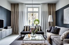 REA GARDINER – 20 % rabatt på alla gardiner just nu Oversized Mirror, Curtains, Furniture, Home Decor, Blinds, Decoration Home, Room Decor, Home Furnishings, Draping