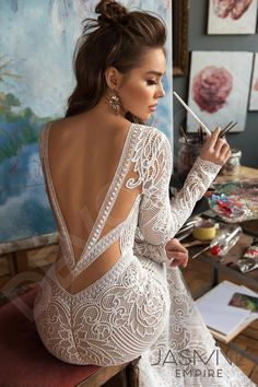 A gorgeous wedding dress is a must-have for the day. Finding stunning wedding dresses to choose from is so much more involved than a bride. Stunning Wedding Dresses, Dream Wedding Dresses, Bridal Dresses, Modest Wedding, Dresses Dresses, Backless Wedding Dresses, Wedding Dress Trumpet, Gown Wedding, Elegant Dresses