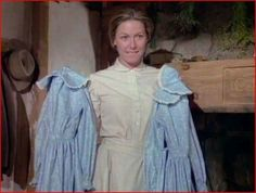 I loved this episode! Ingalls Family, Heartland Cast, Laura Ingalls Wilder, Sewing Lessons, Vintage Fashion Photography, Movie Costumes, Little Houses, Favorite Tv Shows, Little Girls