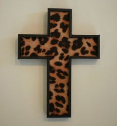 Leopard and the Lord perfect combo lol My New Room, My Room, Cheetah Bedroom, Animal Print Decor, Animal Prints, Bedroom Decor, Wall Decor, Wall Art, Wood Crosses
