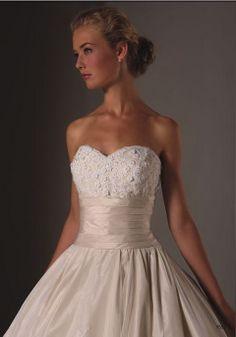 (Justin Alexander) Wedding Dress Style 9552