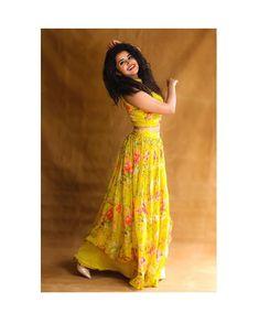 Long Gown Design, Fancy Dress Design, Dress Designs, Blouse Designs, Lehenga Saree Design, Lehenga Designs, Pink Lehenga, Lehenga Blouse, Indian Fashion Dresses