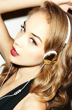 Gold Headphones - Frends Layla