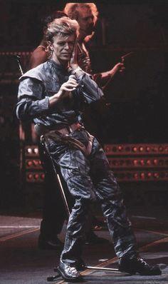 David Bowie, Glass Spider Tour, 1987.